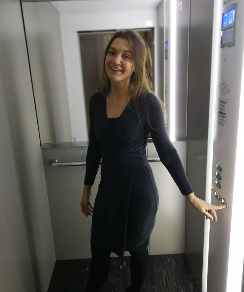 The Only Way Is Up Vrouwelijke Jurk In Super Zachte